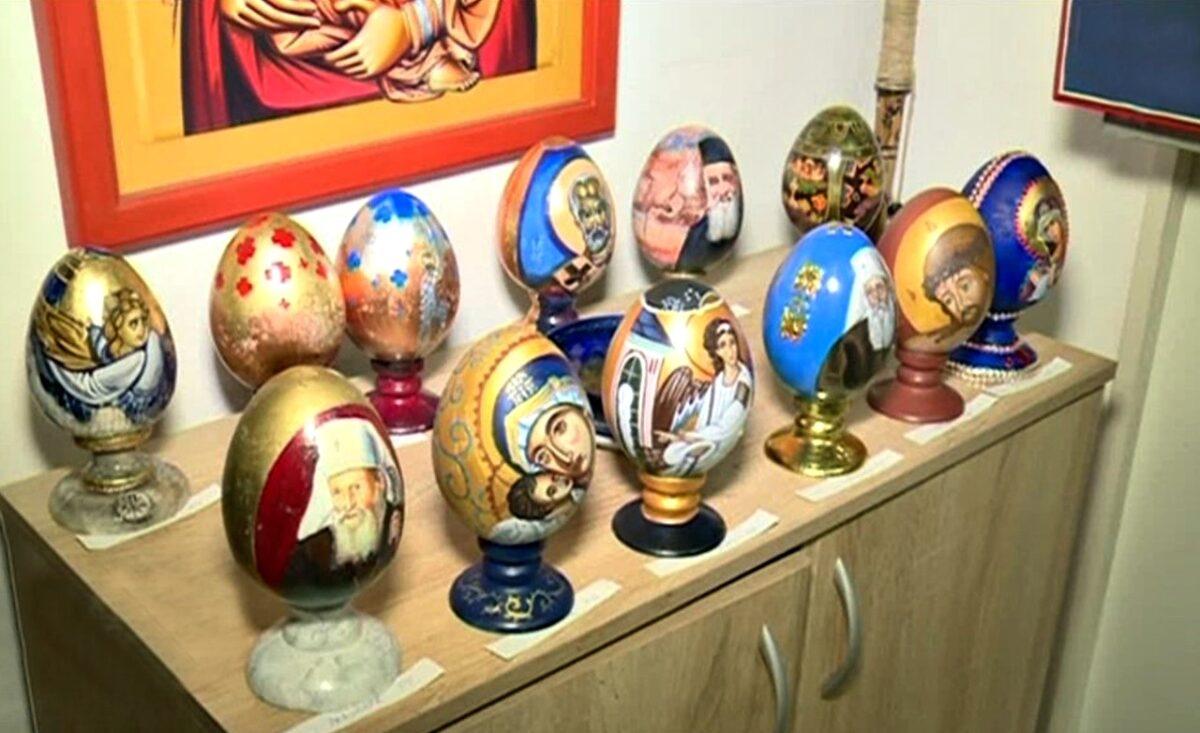 """Традиционална 10. аукција осликаних дрвених васкршњих јаја у просторијама ПУ """"Свети Сава"""""""